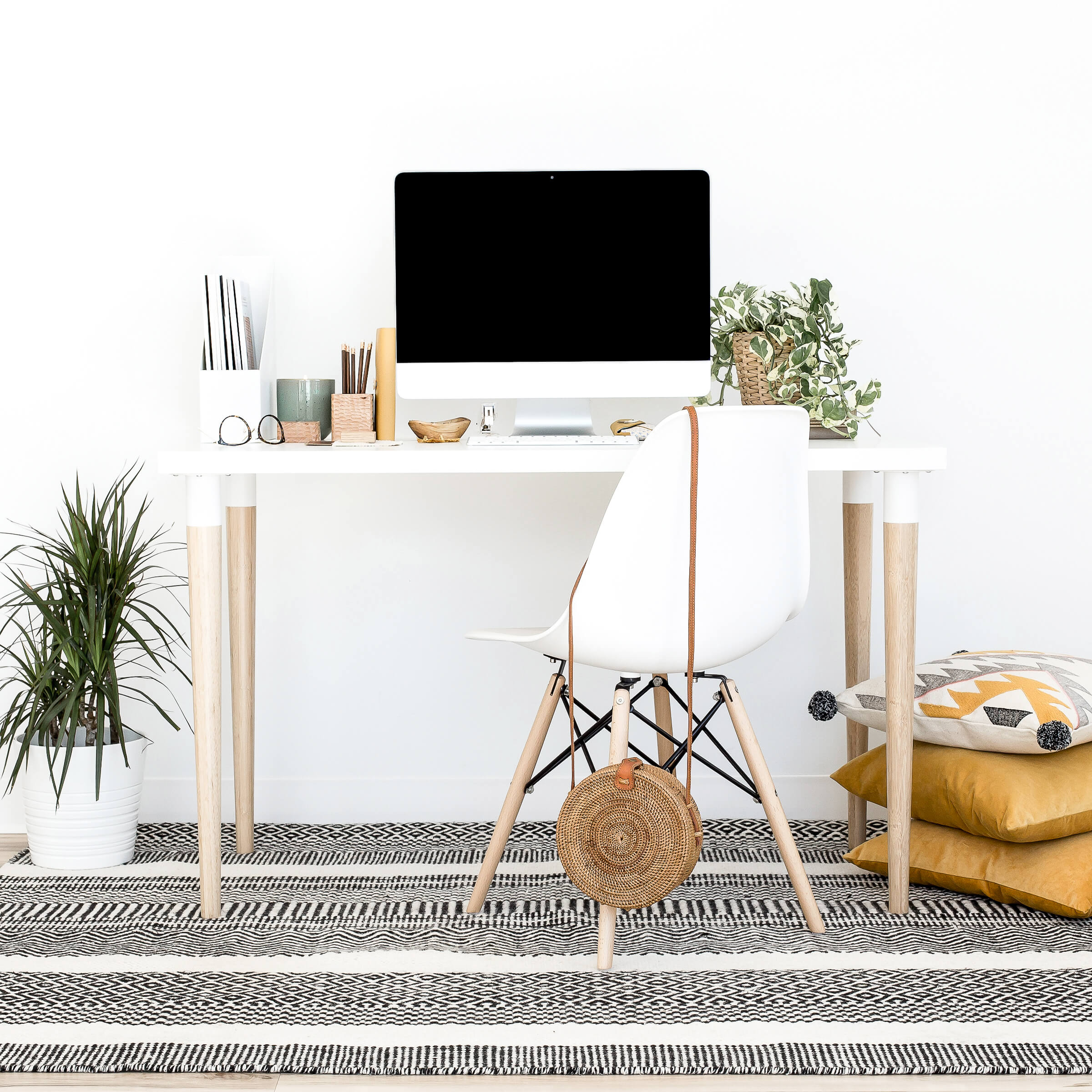https://eden-law.com/wp-content/uploads/2019/12/haute-stock-photography-boho-office-collection-final-4.jpg