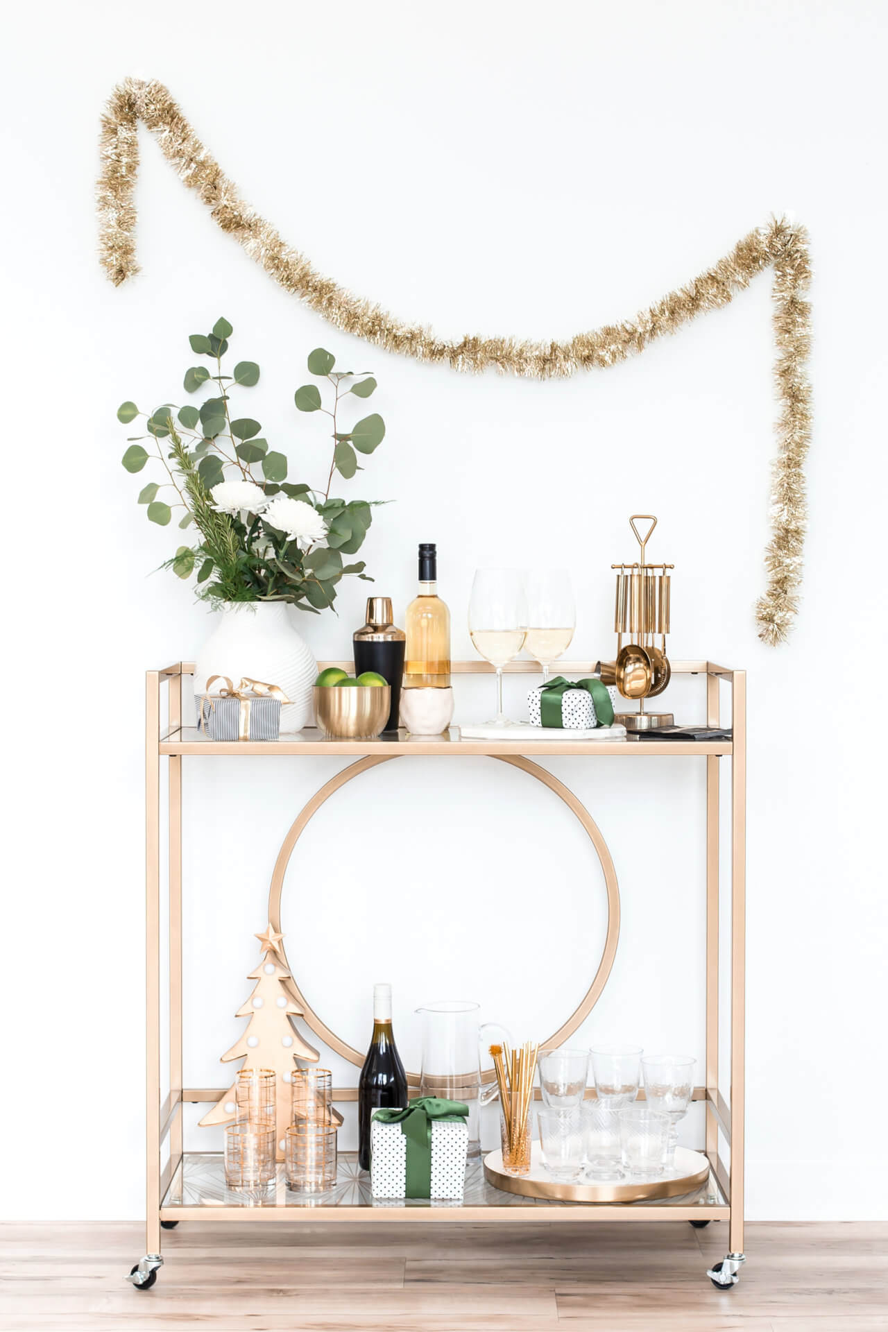 https://eden-law.com/wp-content/uploads/2019/12/haute-stock-photography-green-holiday-collection-final-13-1280x1920.jpg